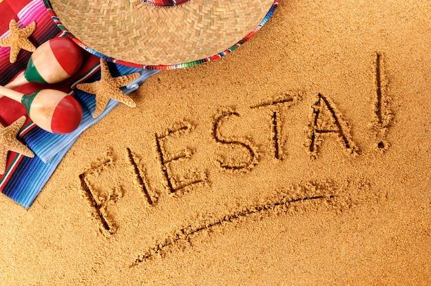Écriture fiesta beach Photo Premium