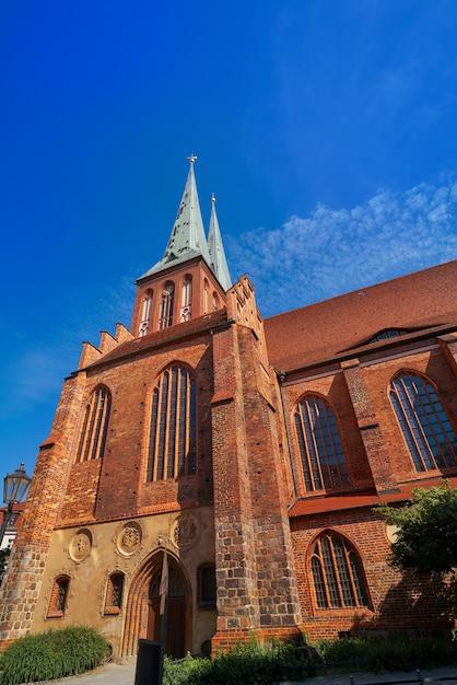 Eglise de berlin nikolaikirche en allemagne Photo Premium