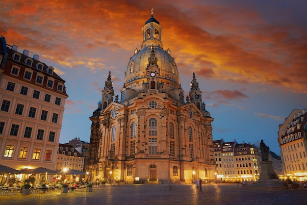 Église frauenkirche de dresde en saxe en allemagne Photo Premium