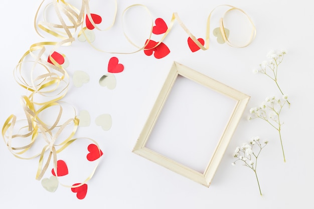 Éléments de mariage décoratifs Photo gratuit