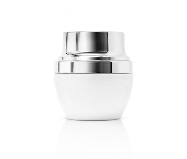 Emballage vide blanc pot de crème cosmétique avec capuchon argent isolé Photo Premium