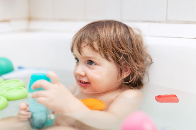 accessoires indispensables pour bain de bébé
