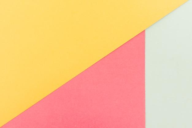 Ensemble de feuilles de papier pastel Photo gratuit