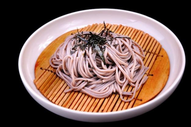 Ensemble japonais de soba froid. Photo Premium