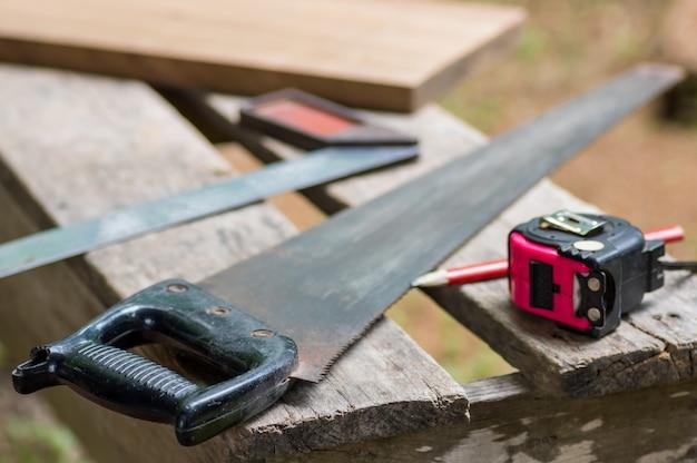 Ensemble d'outils de charpentier. Photo Premium