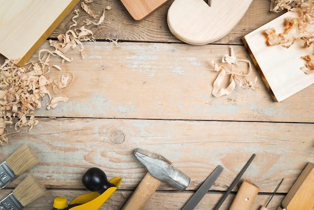 Ensemble D'outils De Menuisier Vue De Dessus Photo gratuit