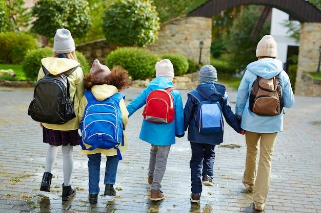 Équipe de retour à l'école Photo gratuit