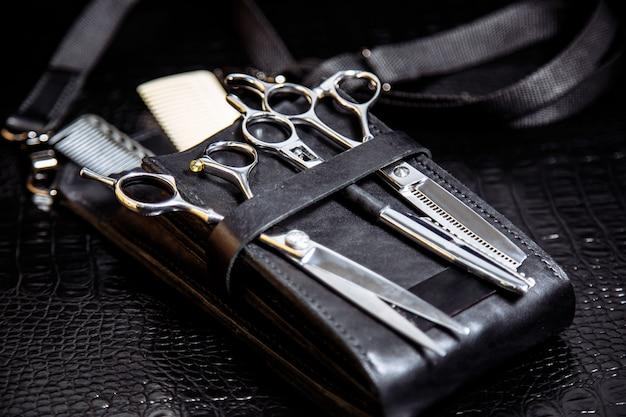 Equipement du coiffeur professionnel, gros plan Photo Premium
