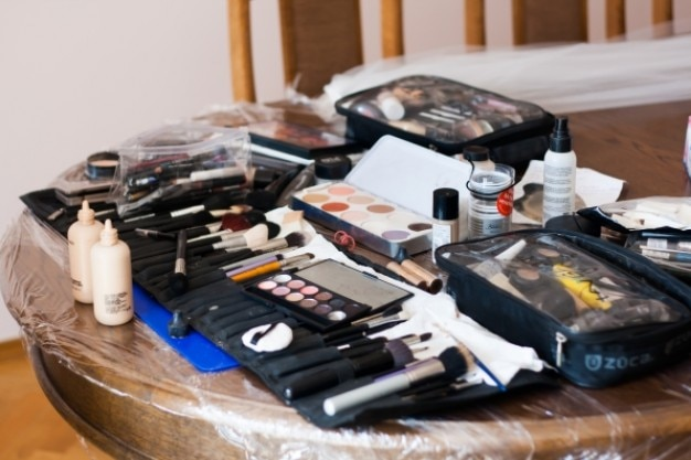 Équipement de maquillage Photo gratuit