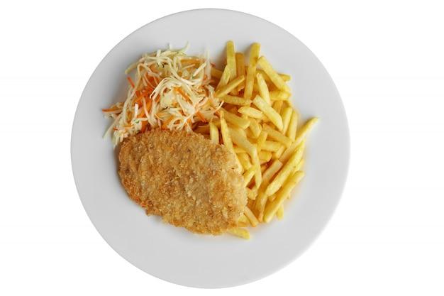Escope avec frites et chou isolé sur blanc Photo Premium