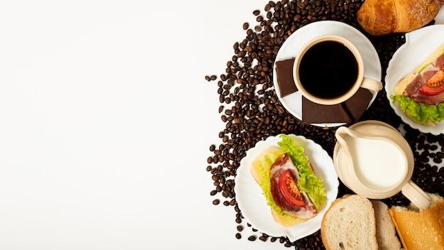 Espace de copie café et petit déjeuner arrangement Photo gratuit