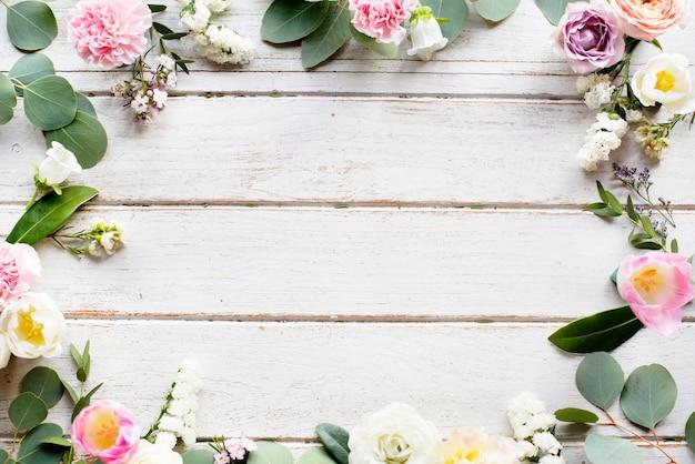 Espace design avec bordure florale Photo Premium