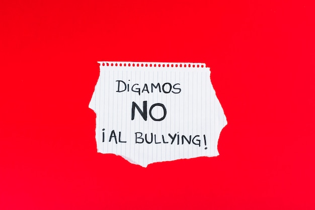 Espagnol dites non au slogan de l'intimidation Photo gratuit