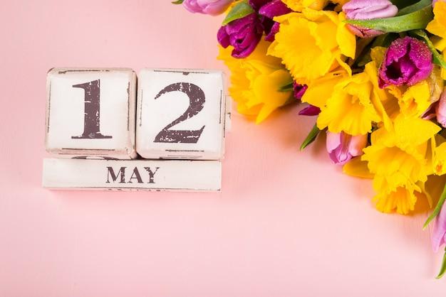 états Unis Fête Des Mères 12 Mai 2019 Tulipes Et Fleurs De
