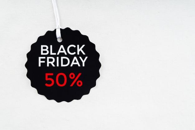 Étiquette de réduction du vendredi noir Photo gratuit