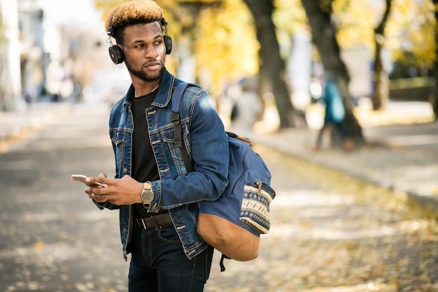 Étudiant afro-américain Photo gratuit