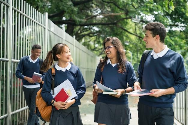 Étudiant, étude, livre, livre, livre, adolescent, concept Photo Premium