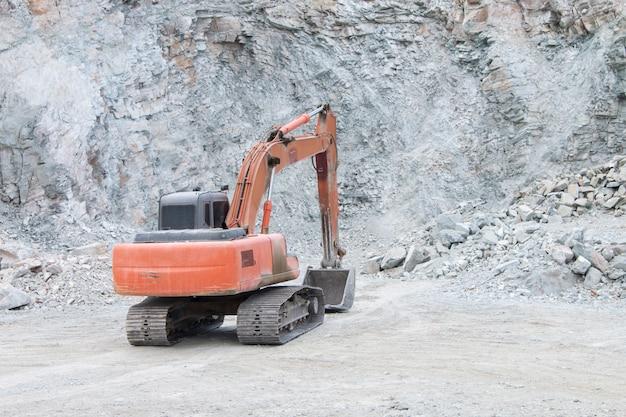 Excavatrices sur un chantier de construction Photo Premium