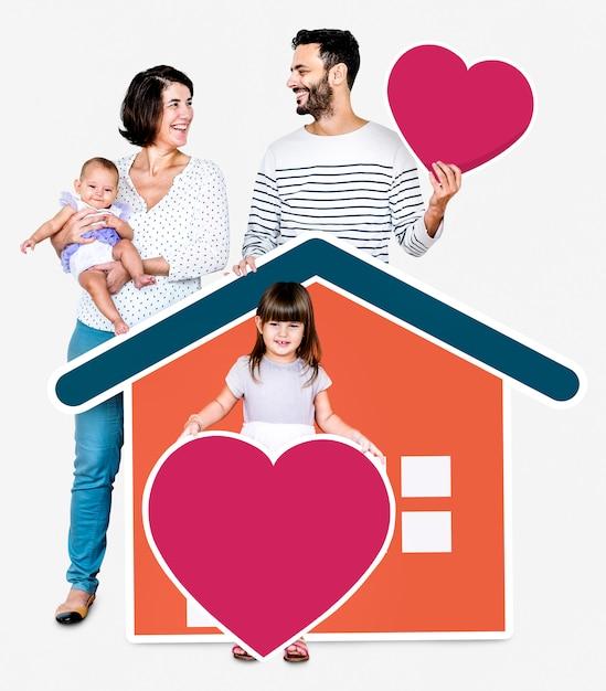 Famille de quatre personnes dans une maison aimante Photo Premium