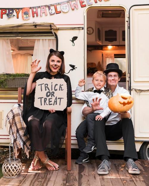 Famille De Tir Complet Posant Ensemble Photo Premium