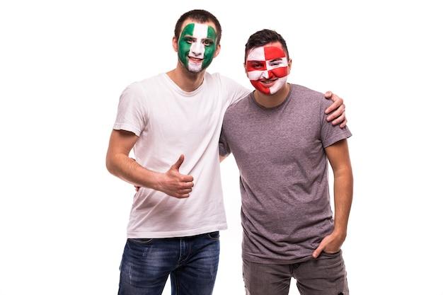 Fans De Football Supporters Avec Visage Peint Des équipes Nationales Du Nigéria Et De La Croatie Photo gratuit