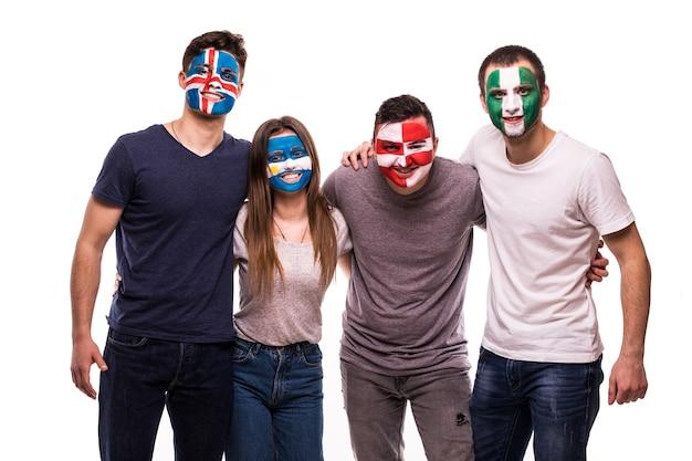 Les Fans De Football Visages Peints Soutiennent Les équipes Nationales De Croatie, Nigéria, Argentine, Islande Photo gratuit