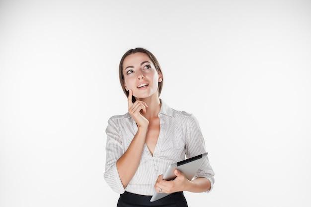 Femme D'affaires Jeune Avec Ordinateur Portable Photo gratuit