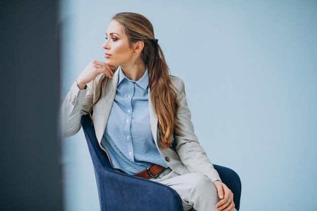 Femme Affaires, Séance, Chaise, Bureau Photo gratuit