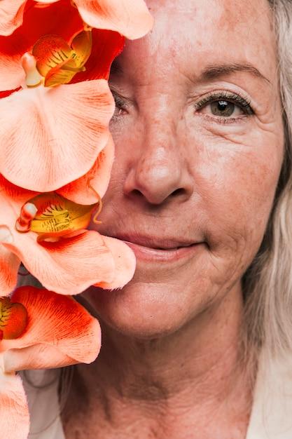 Femme âgée Photo gratuit