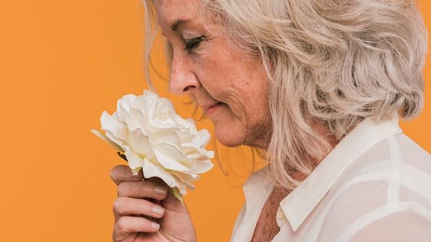 Femme âgée Photo Premium