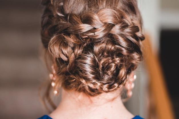 Femme Aux Cheveux Tressés Photo gratuit