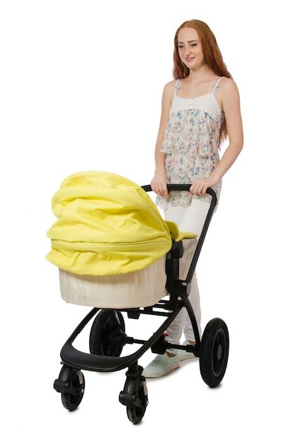 Femme Avec Bébé Et Poussette Isolé Sur Blanc Photo Premium