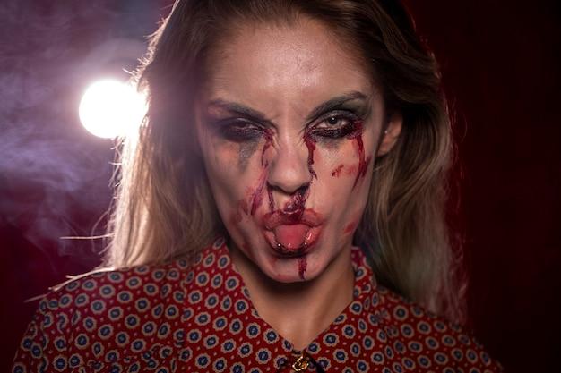Femme, Maquillage, Joker, Halloween, Sortir, Elle, Langue Photo gratuit