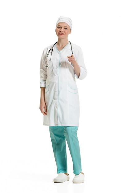 Femme Médecin Pointant Avec Son Doigt Vers Vous. Concept De Santé Photo gratuit