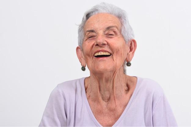 Femme plus âgée faisant rire Photo Premium