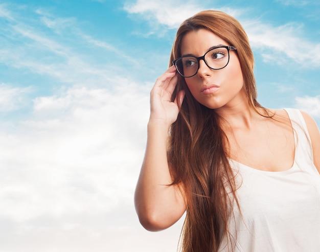 Femme portant des lunettes de charme.   Télécharger des Photos ... 5ffd581304af