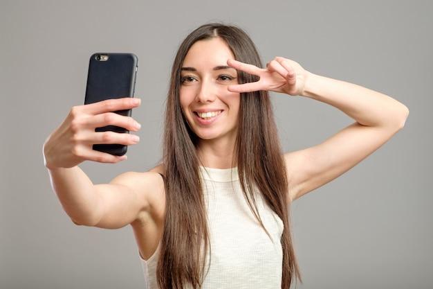 Femme, Prendre, Selfie Photo Premium