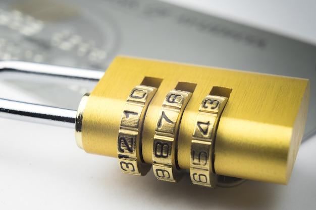 Fiducie de sécurité pour paiement en ligne Photo Premium