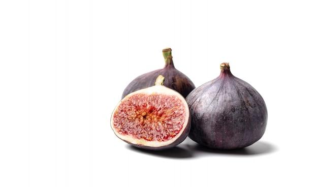 Figues Fraîches. Photo Alimentaire. Figues Entières Et Tranchées Photo Premium
