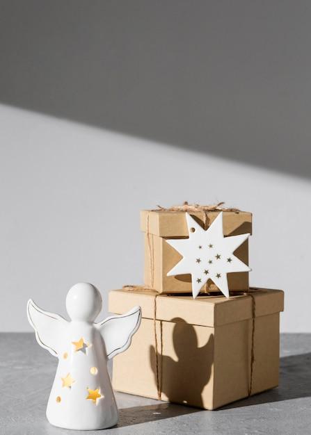Figurine Ange Epiphany Day Avec Coffrets Cadeaux Photo gratuit