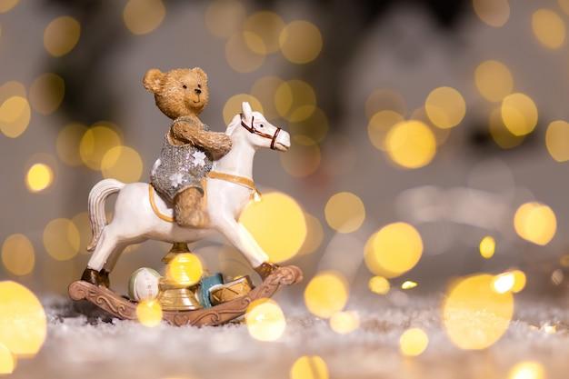 Figurines décoratives d'un thème de noël. Photo Premium