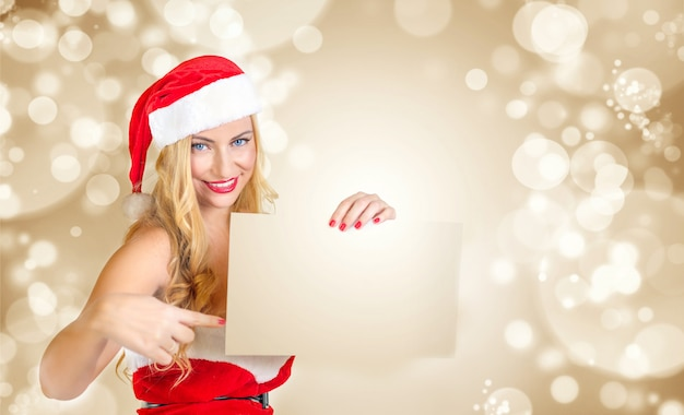 Fille Blonde Habillée En Père Noël Photo Premium