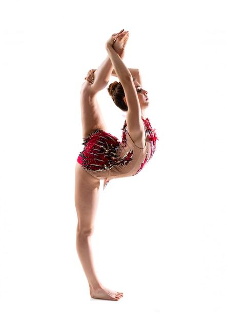 Fille faisant de la gymnastique rythmique Photo Premium