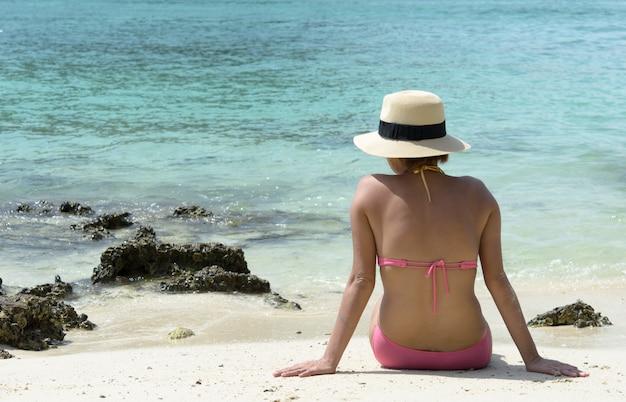 Filles en bikini Photo Premium