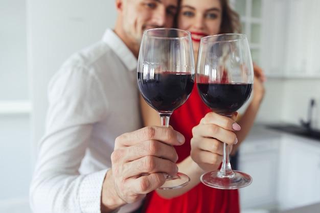 Fin, Haut, Lunettes, Vin, Tenue, Joli, Couple Photo gratuit