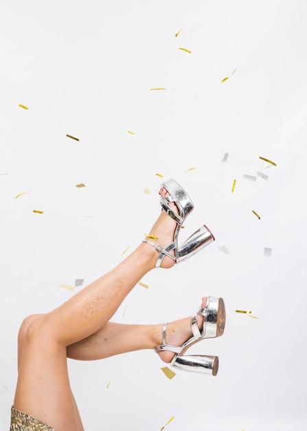Fit les jambes en hauts talons Photo gratuit
