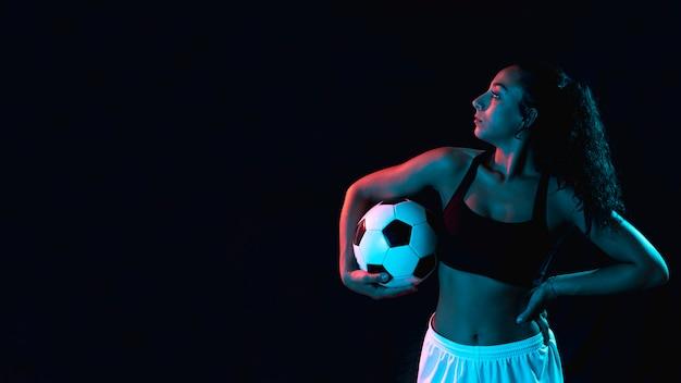 Fit jeune fille en vêtements de sport Photo gratuit
