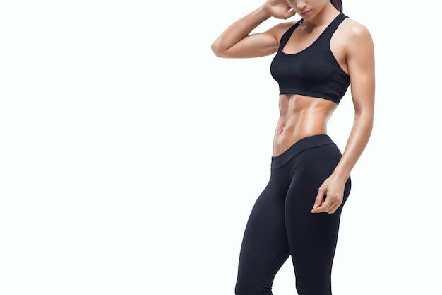 Fitness Femme Sportive Montrant Son Corps Bien Formé Photo Premium