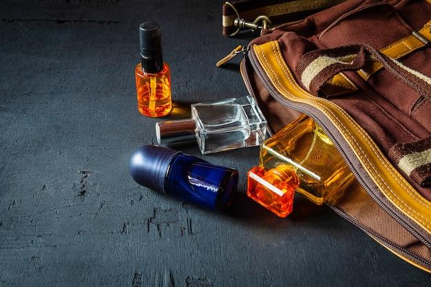 Flacons et sacs à parfum Photo Premium