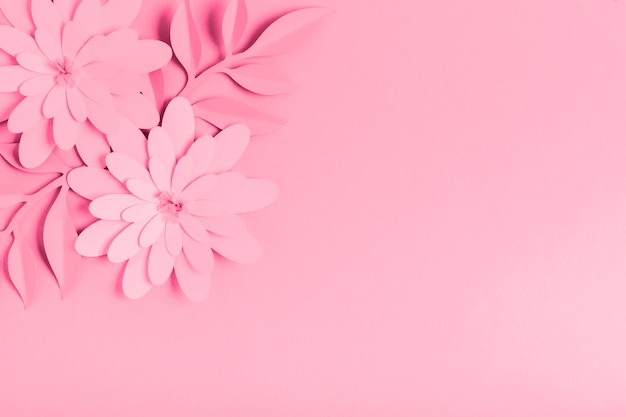 Fleurs De Printemps En Papier Rose Avec Espace Copie Photo gratuit